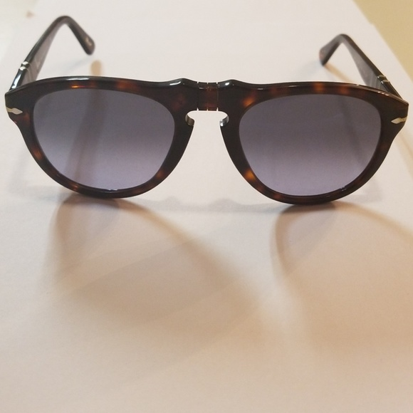 7a90f0d89d190 Brand new Persol sunglasses 649 52mm